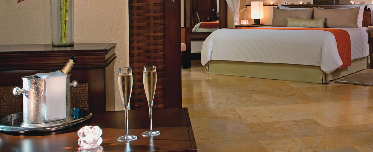Receive sparkling wine or champagne on arrival complimentary of your destination wedding resort.