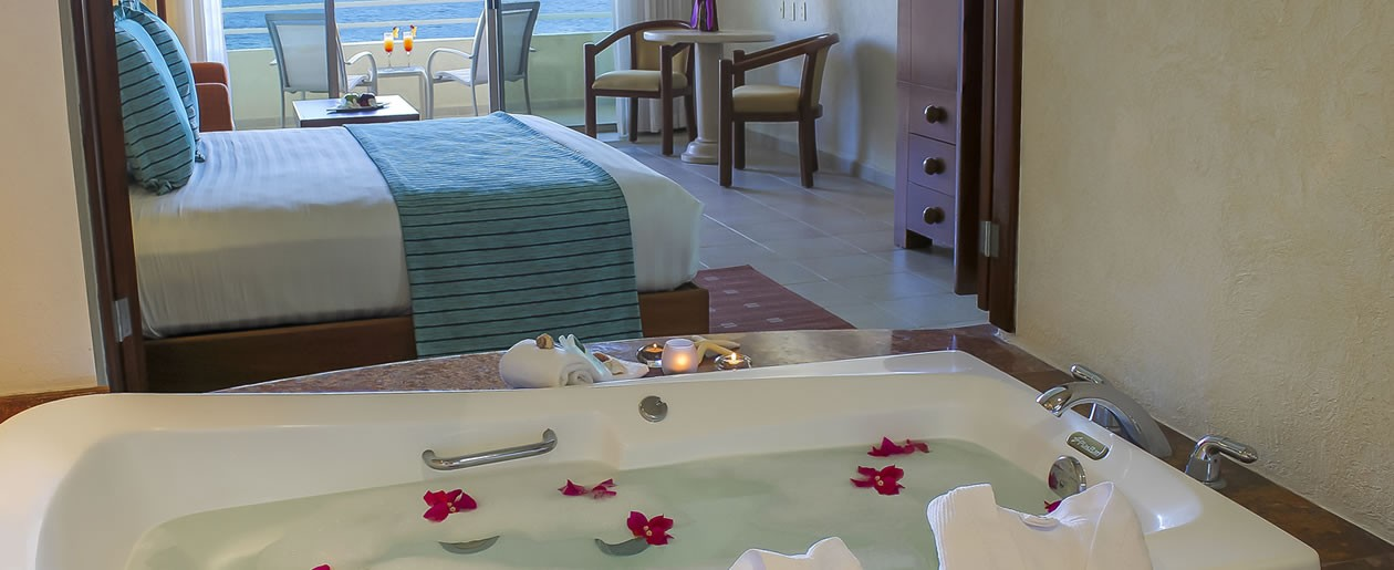 Beautiful fresh room decor at the Barceló Grand Faro Los Cabos ideal for your romantic honeymoon.