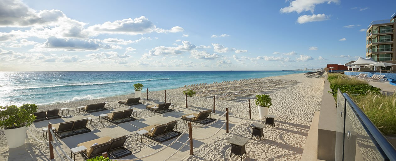 Boasting one of the best beaches in Cancun-the perfect location to Say I do on your wedding day.
