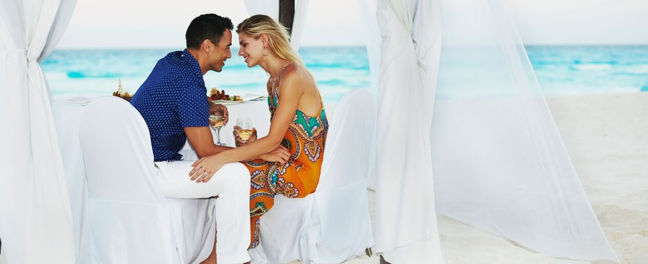 Enjoy  couples massages, romantic candle lit dinners on the beach, rose petals and champagne in your room, have the bath prepared with bubbles for a romantic destination wedding of your dreams.