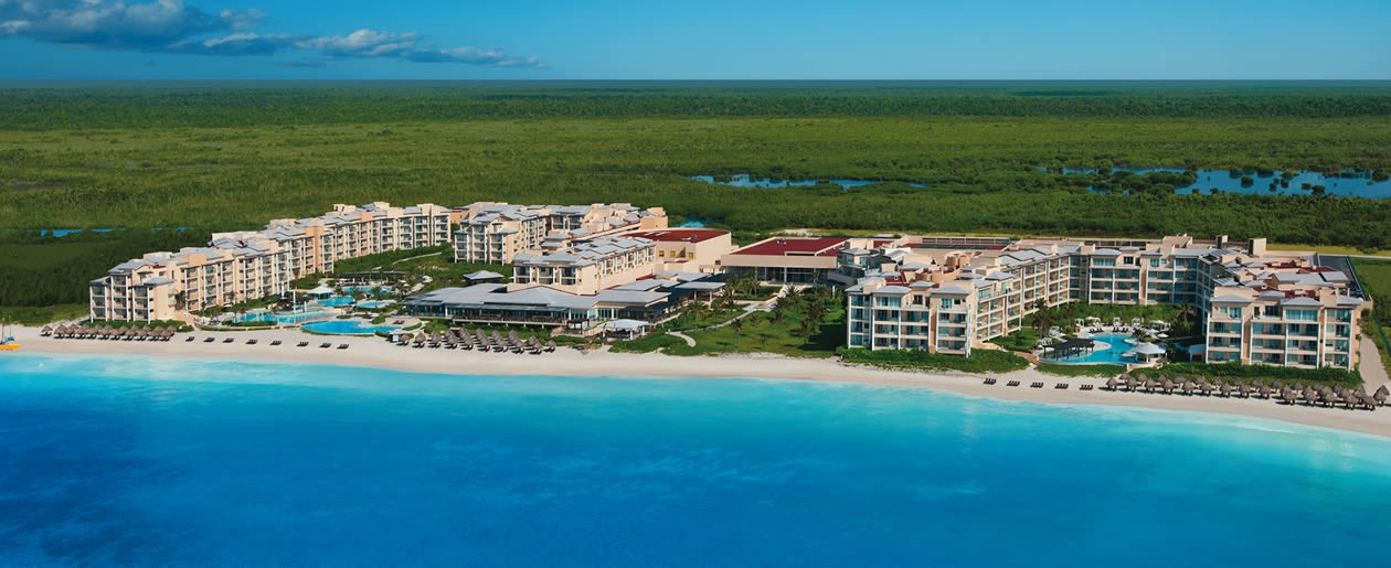 An stunning aerial view of Now Jade Riviera Cancun.