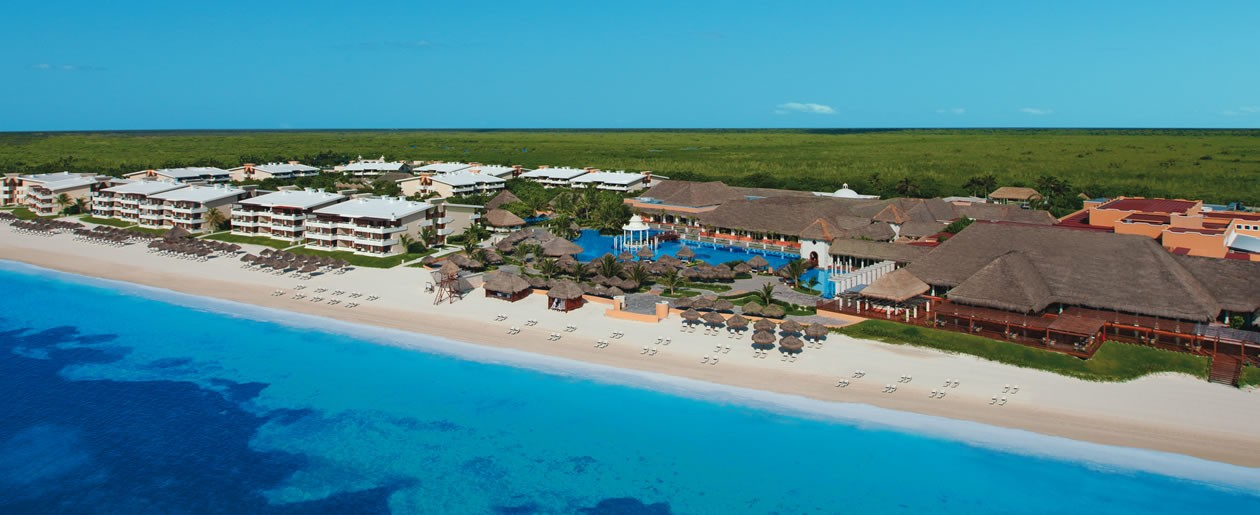 Panoramic aerial view of Now Sapphire Riviera Cancun.