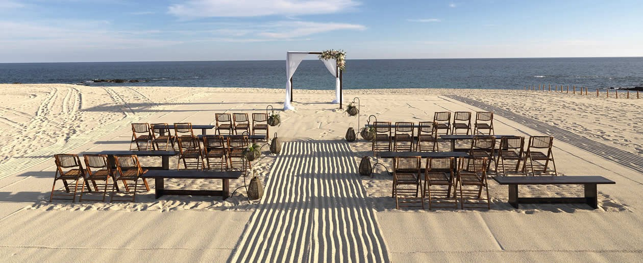 The expansive beach at Paradisus offers scenic beach ceremonies.
