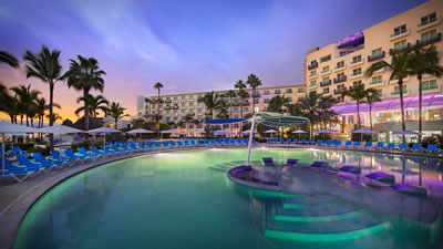 Hard Rock Hotel Vallarta Resort for family and weddings