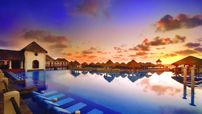 Now Sapphire Riviera Cancun hotel for families and weddings